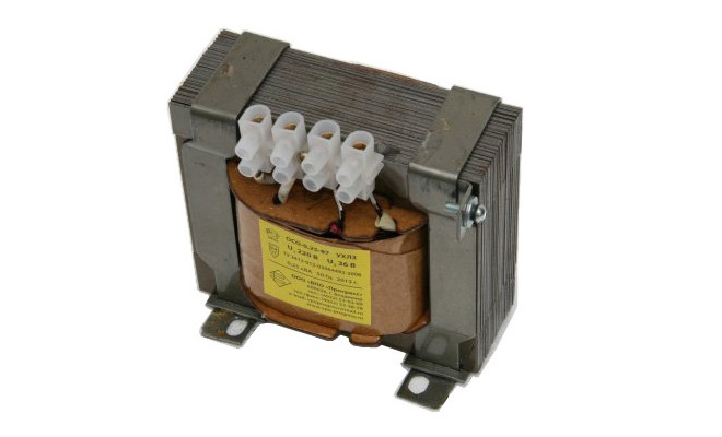 Разделительный трансформатор 220/36 В